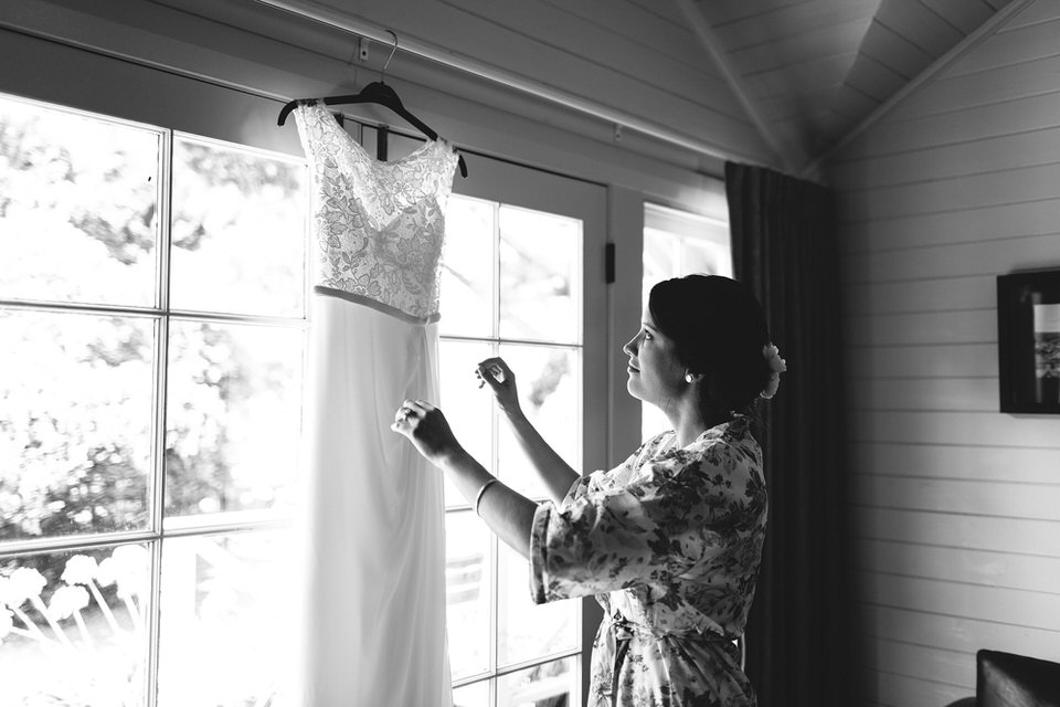 bride getting ready for wedding at bendooley estate homestead in bowral southern highlands