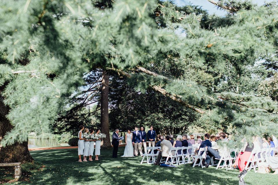 Bendooley estate outdoor wedding ceremony