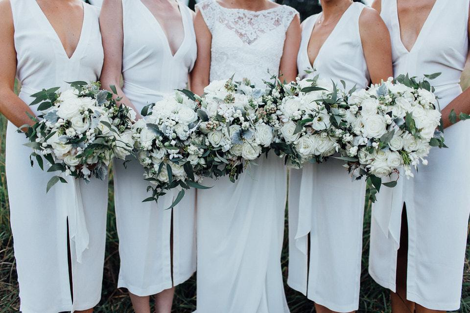 bridesmaids at Bendooley estate wedding with bouquets