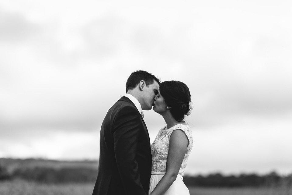 Bride and groom at Bendooley estate wedding photos