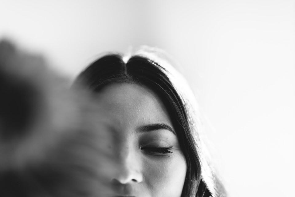 Southern Highlands bride getting her makeup done