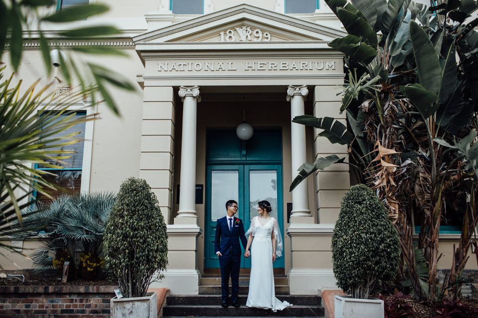 Bride and groom at Botanic Gardens Sydney Wedding