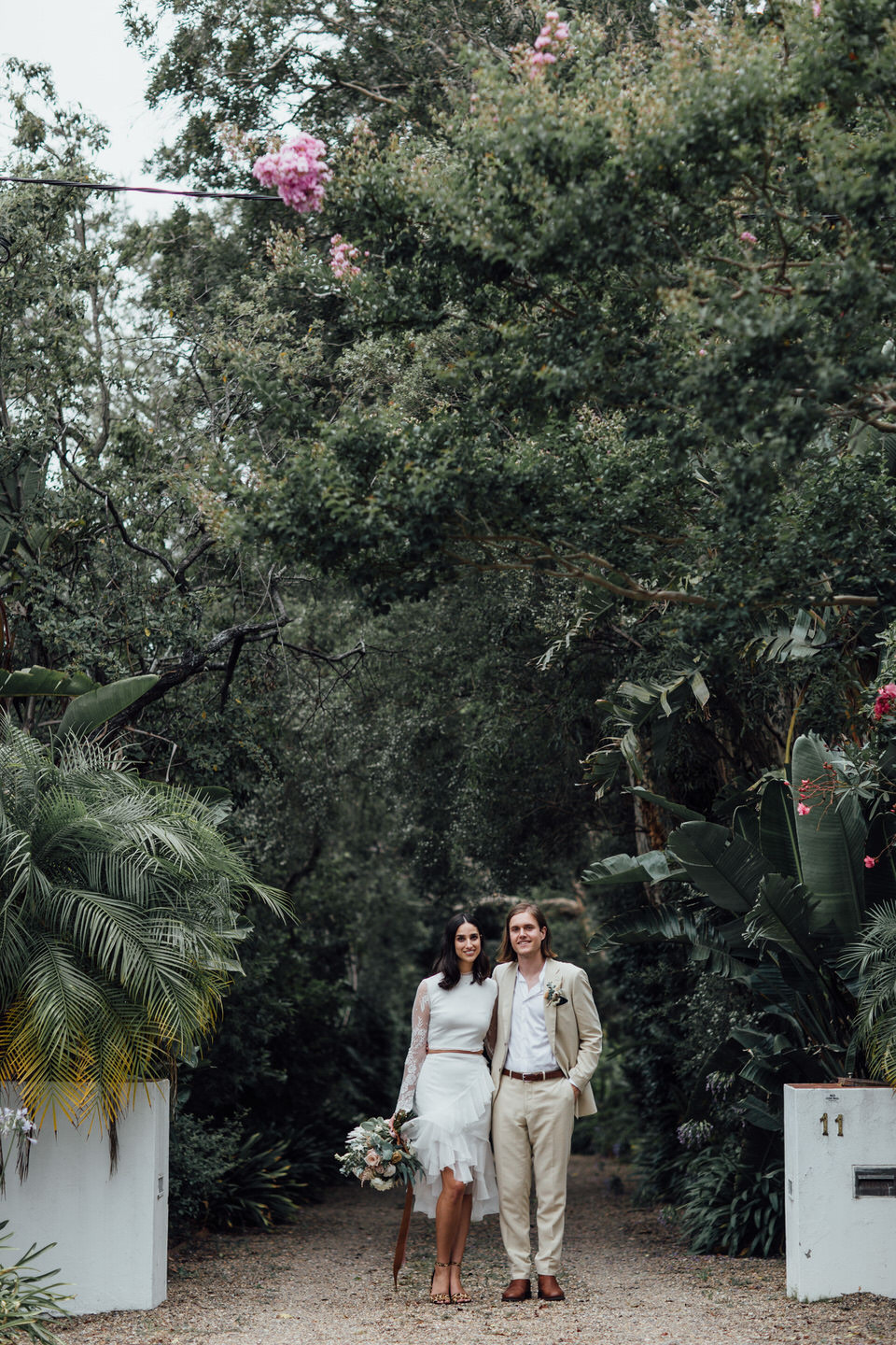 Relaxed Sydney backyard wedding in St Ives